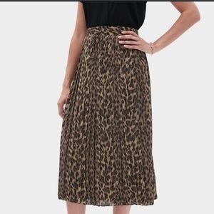 NWT Banana Republic Factory Animal/Leopard Skirt